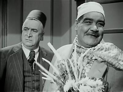 صورة 72 من فيلم الآنسة حنفي - رياض القصبجي - سليمان نجيب - الدهليز - قاعدة  بيانات السينما المصرية والفنانين