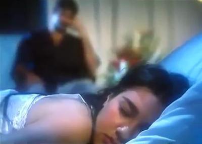 صورة 5 من فيلم النوم في العسل - هالة إبراهيم -
