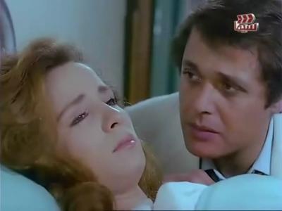 صورة 45 من فيلم أنا في عينيه - محمود عبد العزيز (1) - نجلاء فتحي (1) -