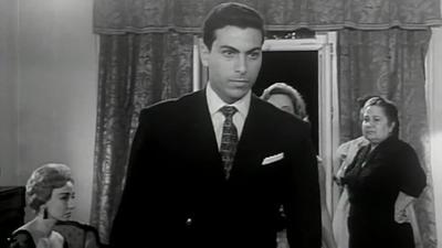 صورة 14 من فيلم بين إيديك - علوية جميل - جلال عيسى - قسمت شيرين -