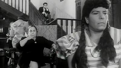 صورة 31 من فيلم بين إيديك - زينات صدقي - وحيد كريم - علوية جميل -