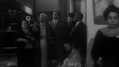 صورة 39 من فيلم بين إيديك - نعيمة وصفي - زينات صدقي - وحيد كريم - محمد أباظة - محمد شوقي (1) - علوية جميل -