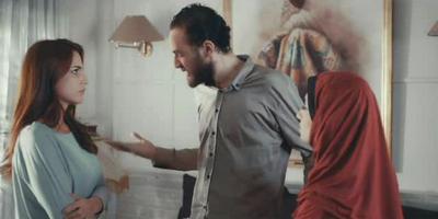 صورة 17 من فيلم بتوقيت القاهرة - عابد عناني - درة (1) -
