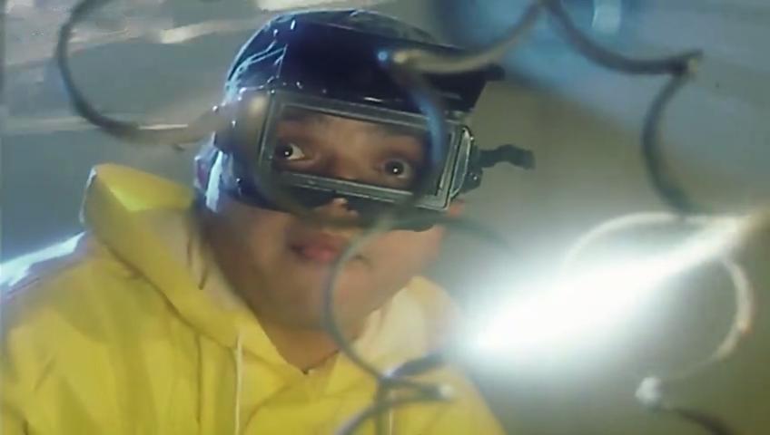 صورة 1 من فيلم بلية... ودماغه العالية - محمد هنيدي -
