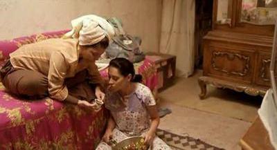 صورة 20 من فيلم فتاة المصنع - ياسمين رئيس - سلوى محمد علي -