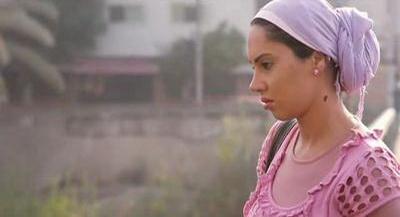 صورة 41 من فيلم فتاة المصنع - ياسمين رئيس -