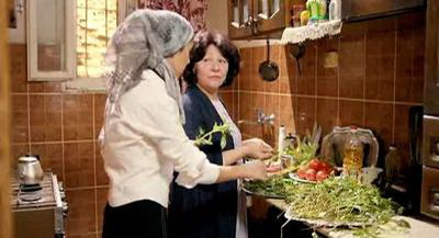صورة 59 من فيلم فتاة المصنع - ماجدة منير - ياسمين رئيس -