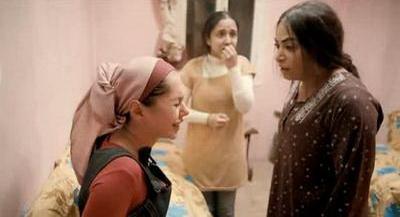صورة 79 من فيلم فتاة المصنع - سلوى خطاب - حنان عادل (2) - ياسمين رئيس -