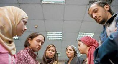 صورة 104 من فيلم فتاة المصنع - ابتهال الصريطي - سلوى خطاب - سلوى محمد علي - حنان عادل (2) -