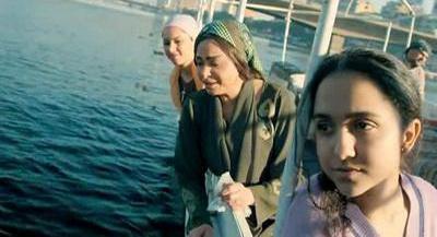 صورة 111 من فيلم فتاة المصنع - حنان عادل (2) - سلوى خطاب - ياسمين رئيس -